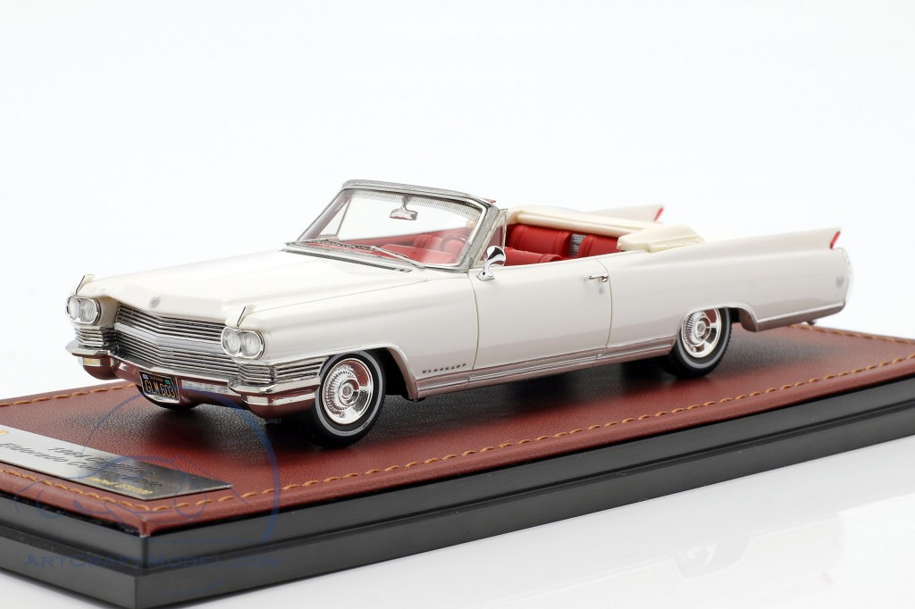 Cadillac Eldorado Convertible Open Top year 1964 aspen white  GLM