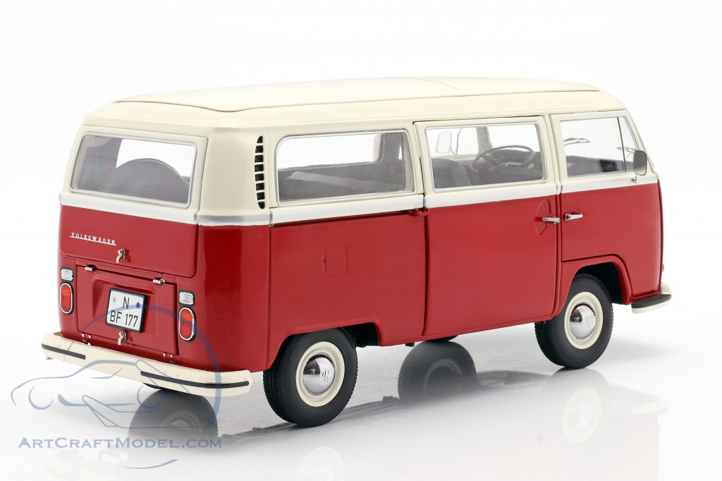 Volkswagen VW T2a bus year 1967 red / white