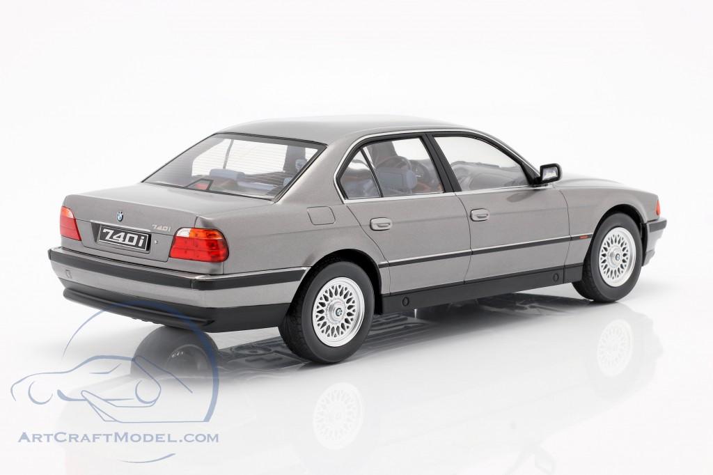 BMW 740i E38 1st series year 1994 silver gray metallic