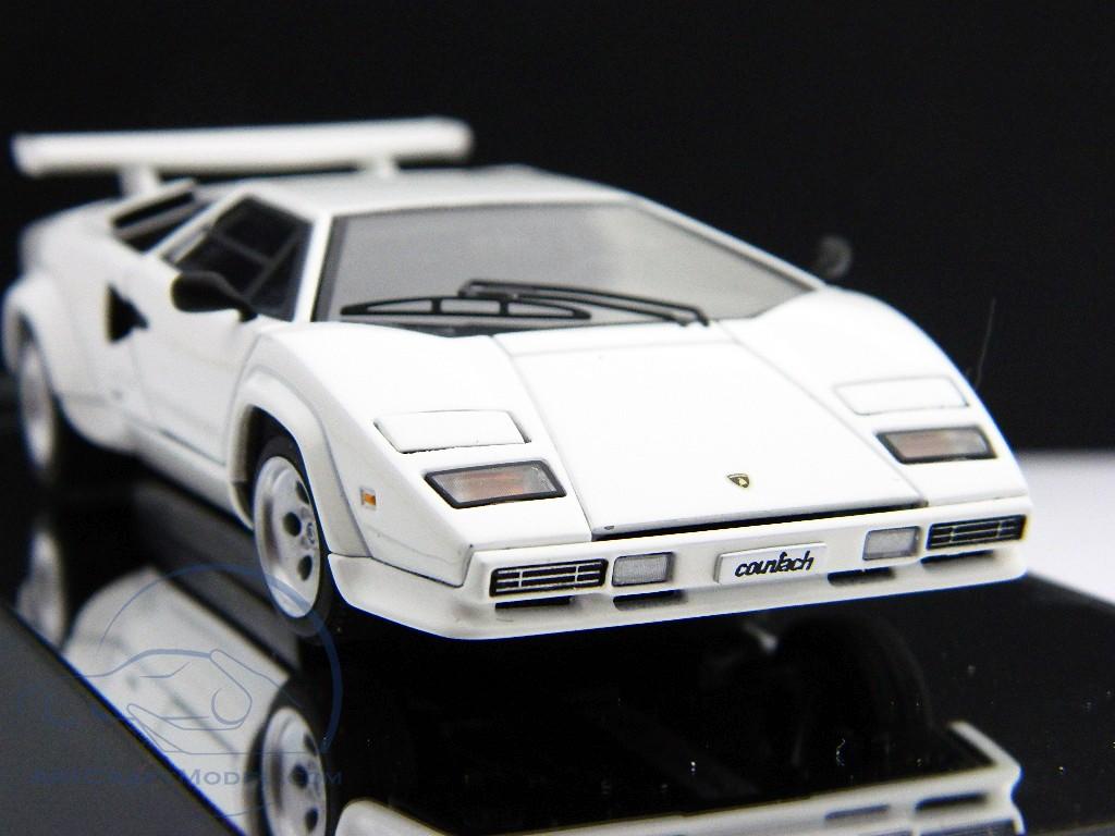 Lamborghini Countach 5000s White 54533 Ean 674110545333