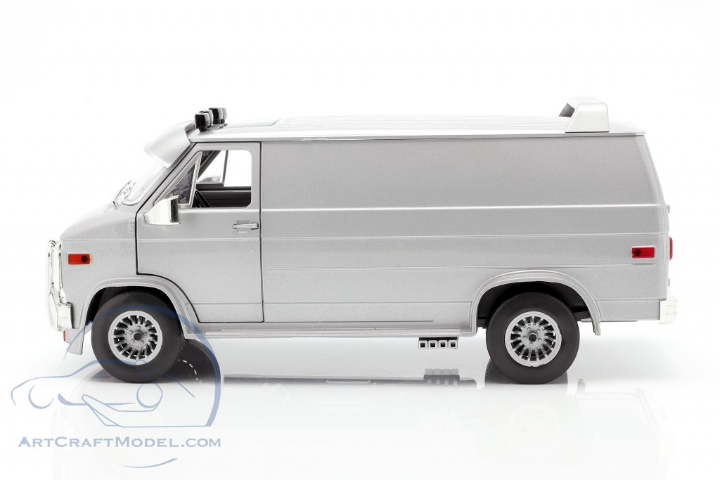 GMC Vandura Custom year 1983 silver metallic