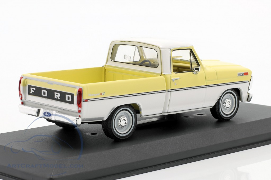 Ford F-100 Pick-Up year 1970 yellow / white