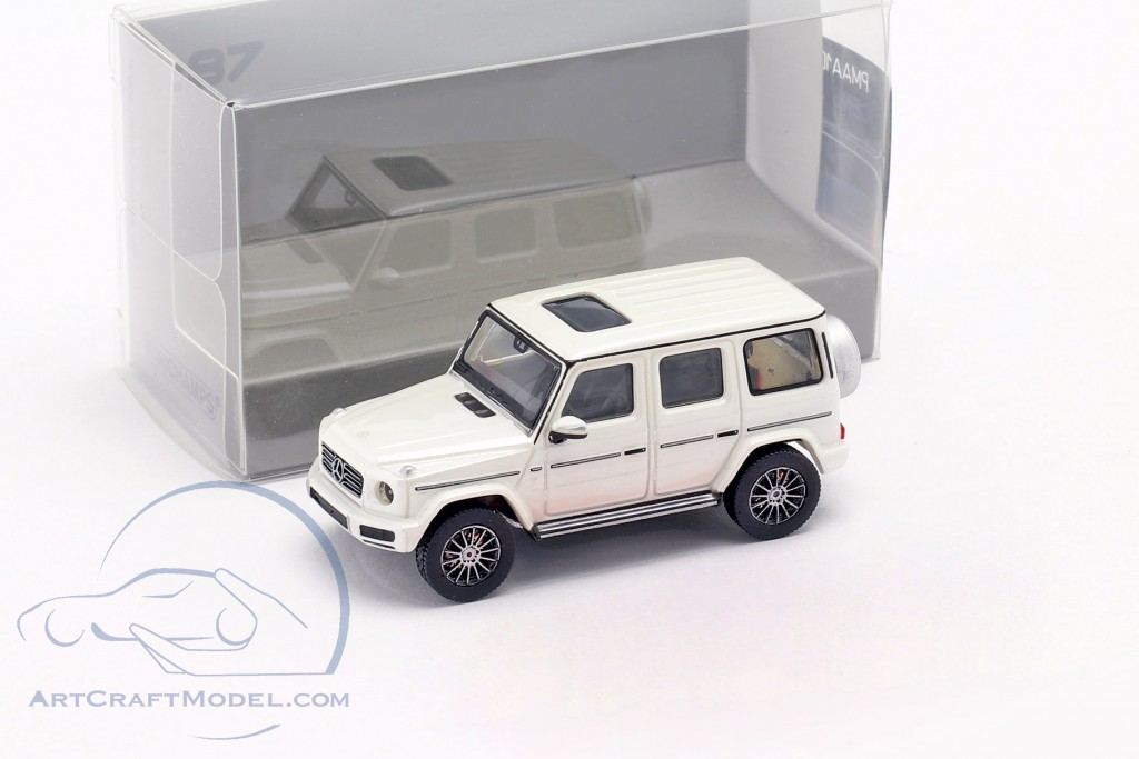Mercedes-Benz G class (W463) year 2018 white metallic