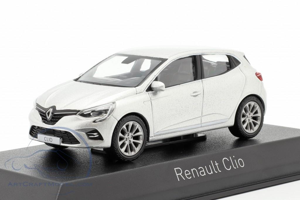 Renault Clio year 2019 platinum silver