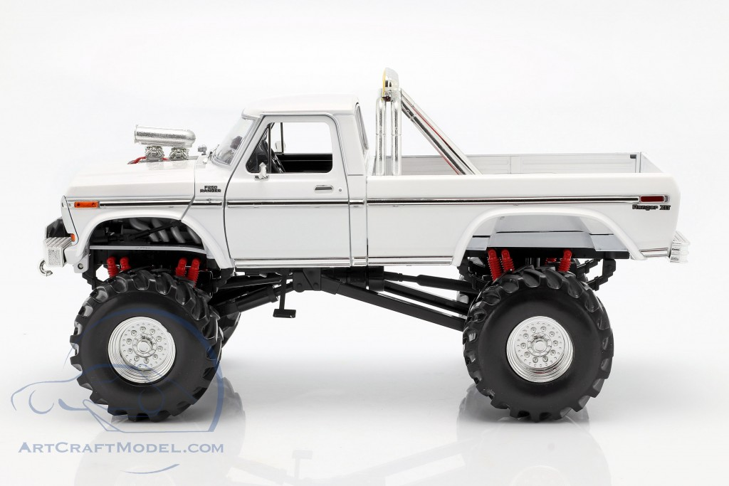 Ford F-250 Monster Truck 48 inch tires 1979 white