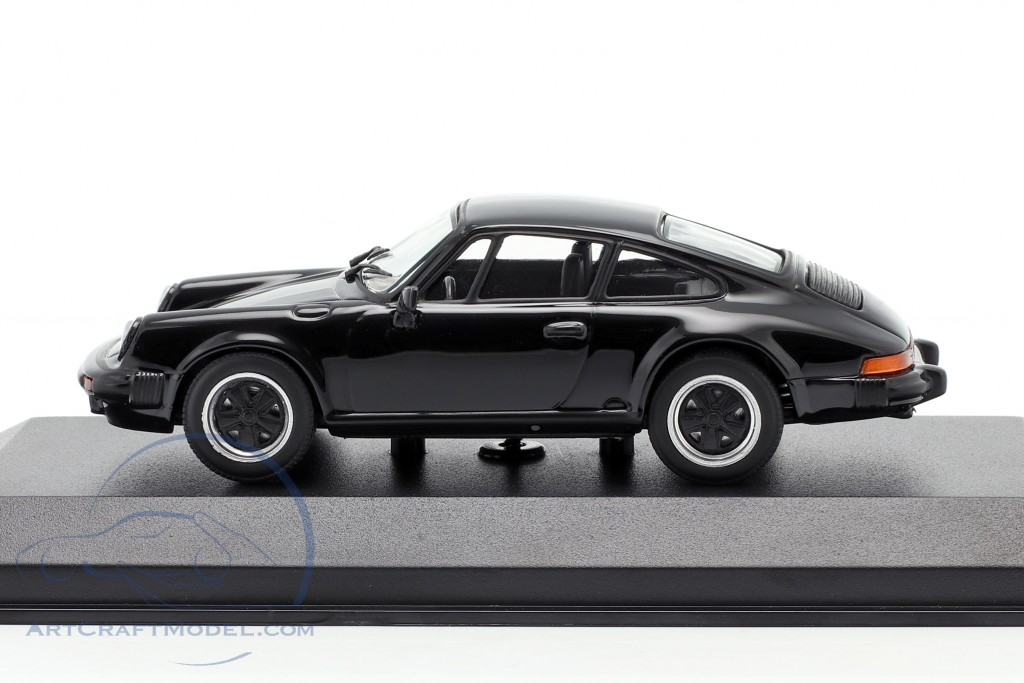 Porsche 911 SC Coupe year 1979 black