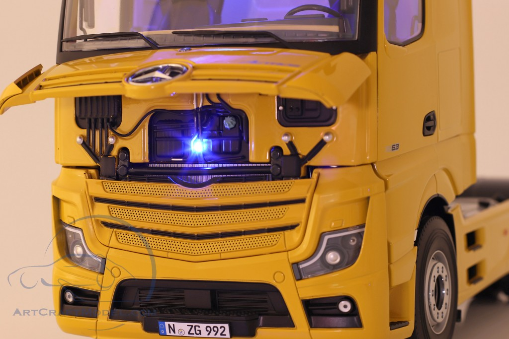 Mercedes-Benz Actros Gigaspace 4x2 SZM Facelift 2018 broomy yellow