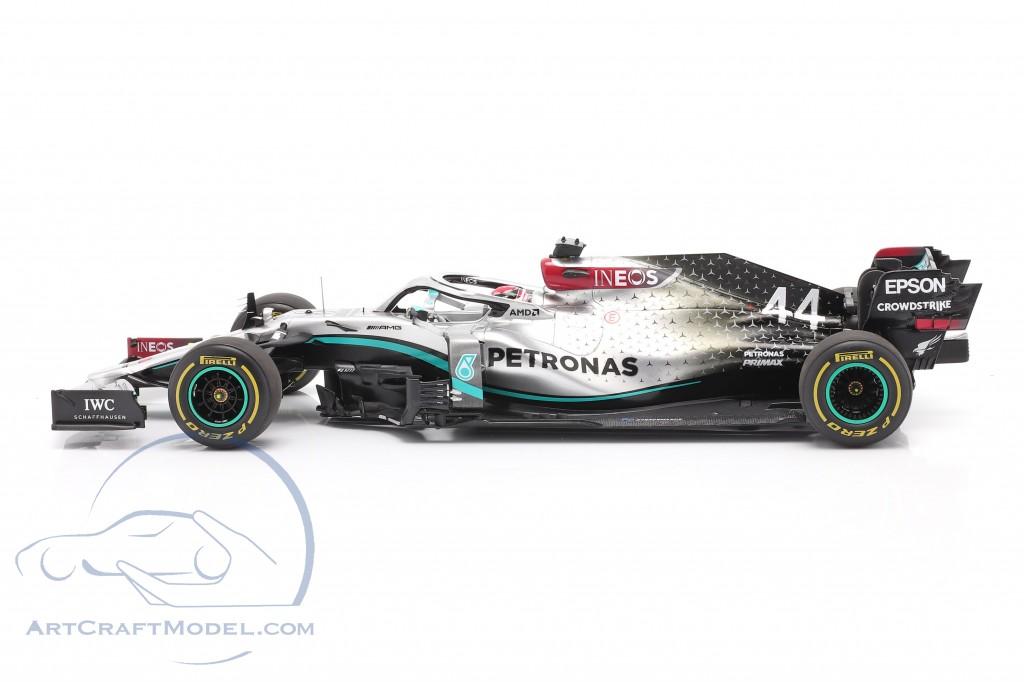 L. Hamilton Mercedes-AMG F1 W11 EQ #44 test Barcelona formula 1 2020