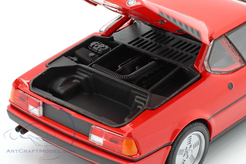 BMW M1 year 1978 red