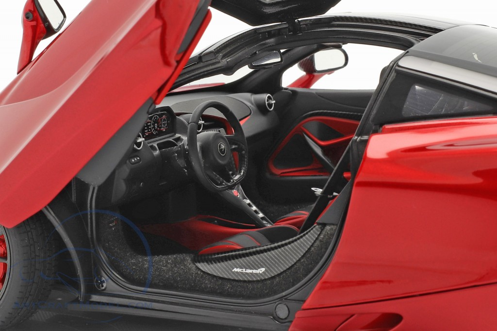 McLaren 720S year 2017 red metallic