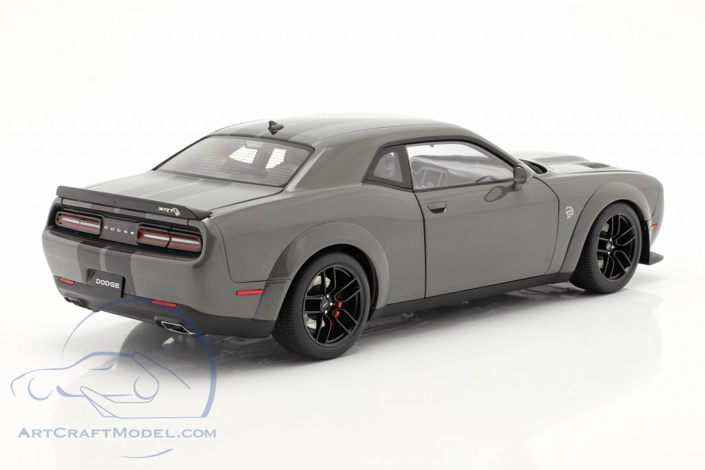 Dodge Challenger SRT Hellcat Widebody year 2018 grey