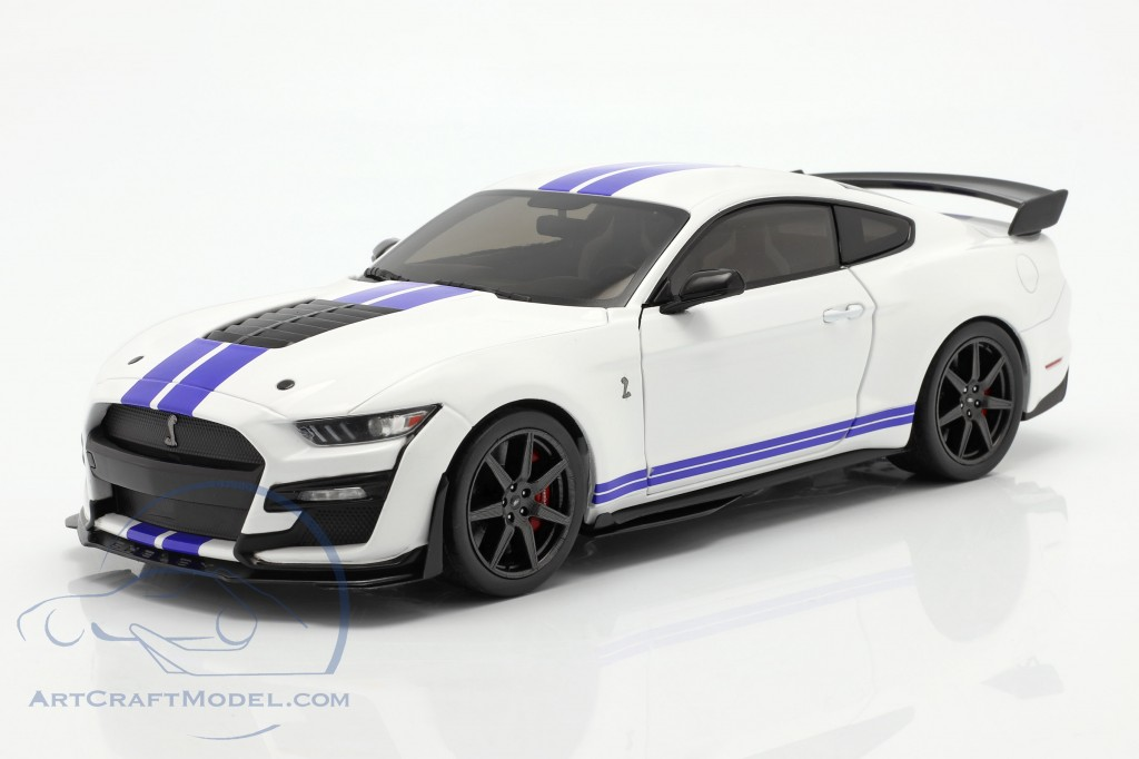 Ford Mustang Shelby GT500 Fast Track year 2020 white