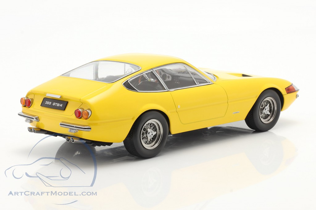 Ferrari 365 GTB/4 Daytona coupe Series 1 1969 yellow