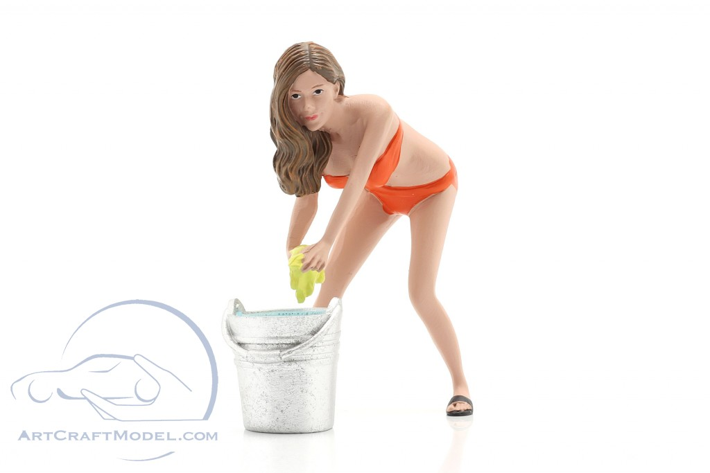 Bikini Car Wash Girl Cindy with bucket figure