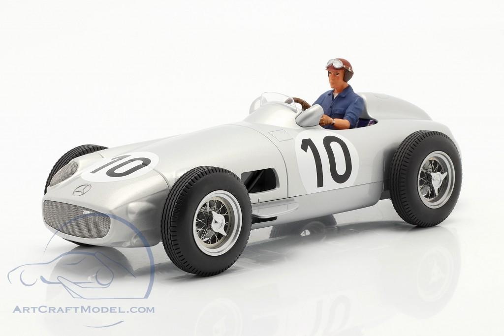 Set: J. M. Fangio Mercedes-Benz W196 #10 formula 1 1955 with driver figure blue shirt