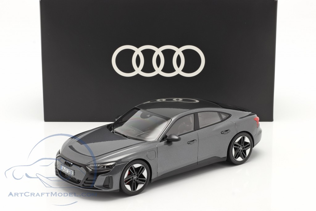 Audi RS e-tron GT year 2021 Daytona grey