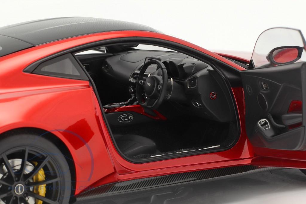 Aston Martin Vantage year 2019 hyper red