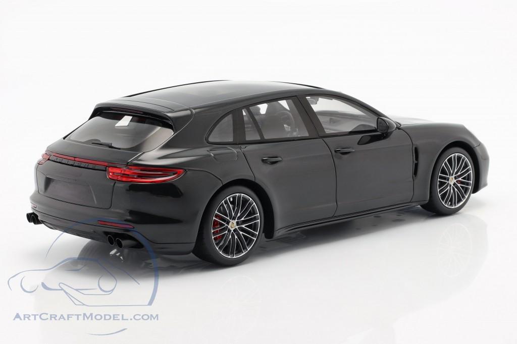 Porsche Panamera GTS Sport Turismo year 2018 black