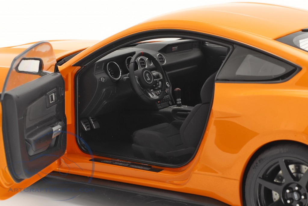 Ford Shelby GT-350R year 2017 orange