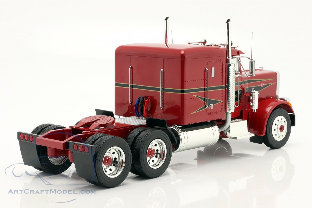 Peterbilt 359 Bull Nose Truck 1967 red / black